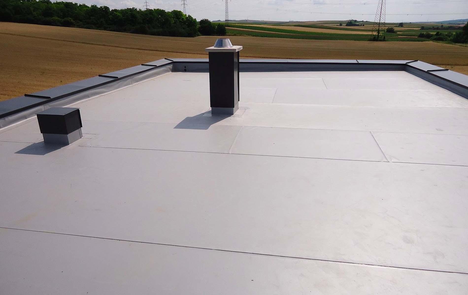 flachdach undicht abdichten flachdach undicht abdichten dach abdichten mit bitumen von. Black Bedroom Furniture Sets. Home Design Ideas