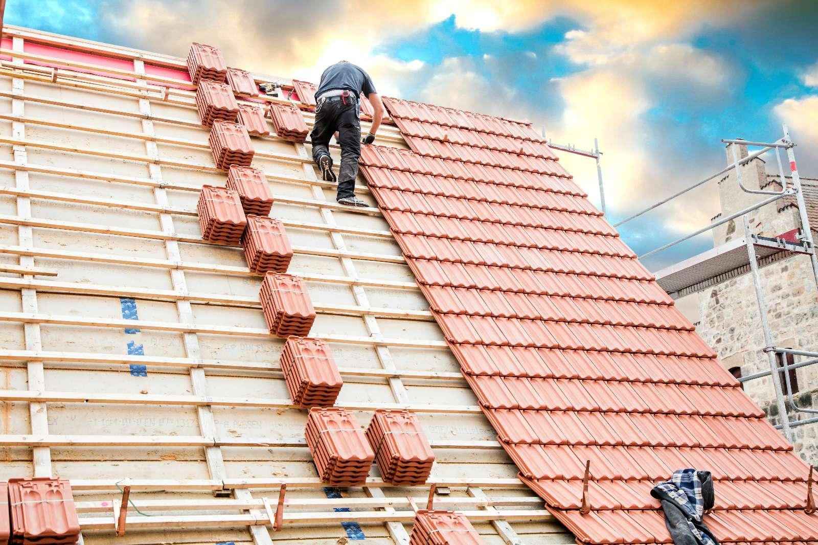 Dachziegel, Betondachsteine und Faserzementplatten