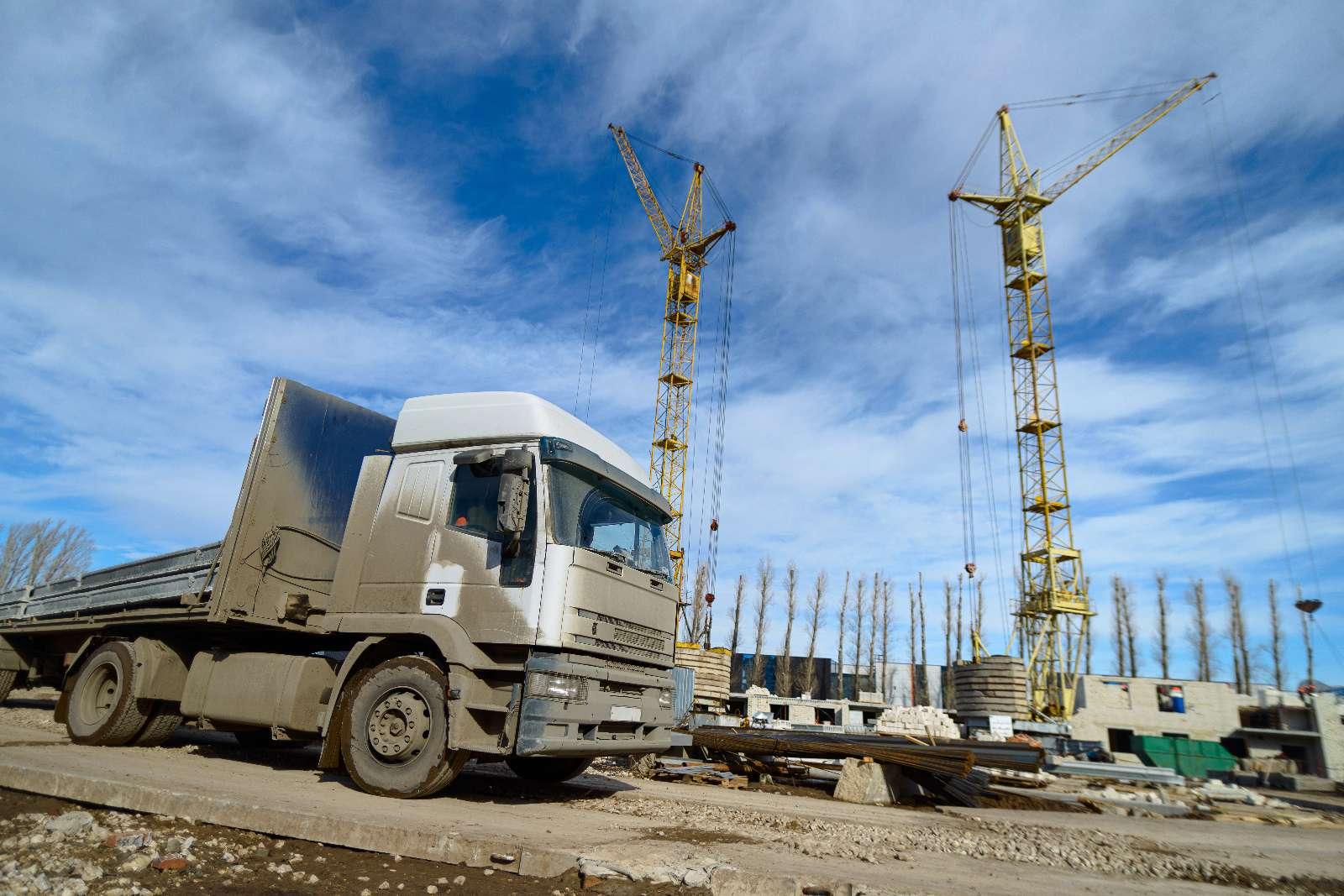 Transportunternehmen und Baustofftransport