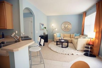 mischek erich tapezierermeister tapezieren malen bodenverlegung parkett laminat teppiche. Black Bedroom Furniture Sets. Home Design Ideas