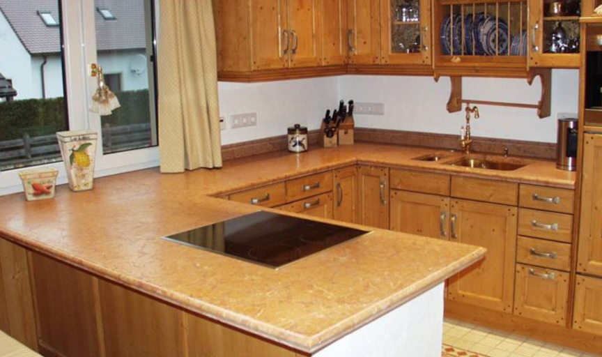 KüchenarbeitsplatteLungau Fliesen Martin Gruber GmbH - Küchenarbeitsplatte aus fliesen