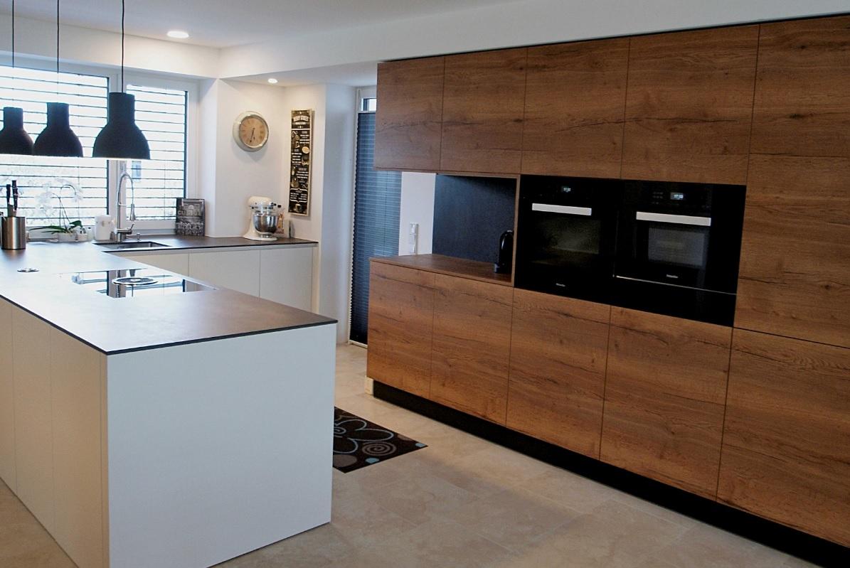 mayrhofer k che wohnen gmbh innenausstattung m belanfertigung k che wohnzimmer. Black Bedroom Furniture Sets. Home Design Ideas